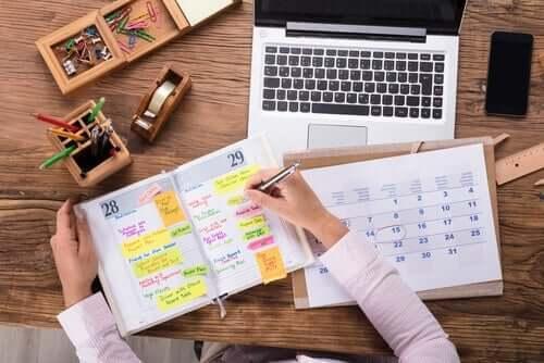 Zarządzanie czasem - poznaj najlepsze rozwiązania, które Ci w tym pomogą!