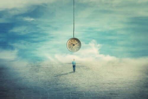 Zegar nad mężczyzną