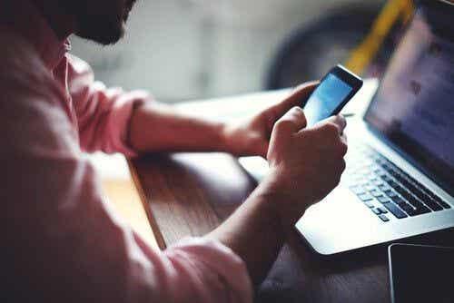 Nowe technologie - wyzwanie wiążące się z opuszczeniem świata online