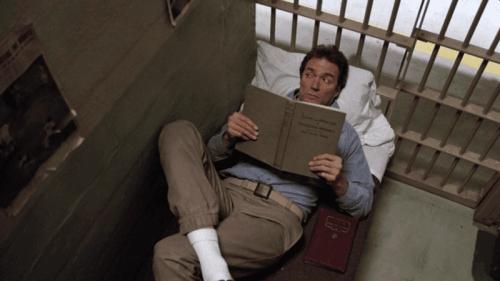 Kadr z filmu Ucieczka z alcatraz