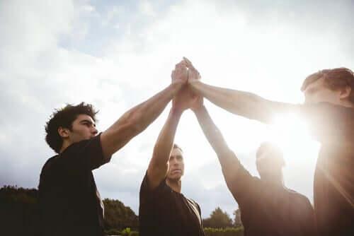 Sport zespołowy a rozwój osobisty - jaki jest między nimi związek?