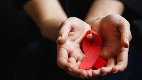 Światowy Dzień HIV: zapobieganie i uświadamianie