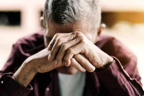 Wieczorne zaniki pamięci u starszych osób