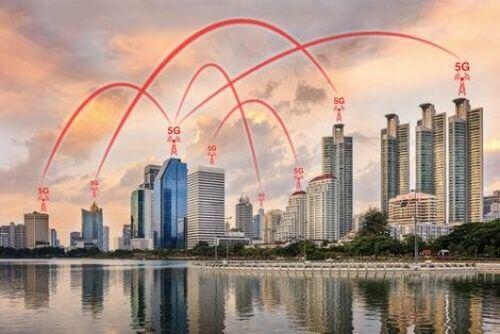 Miasto połączone sieciami 5G