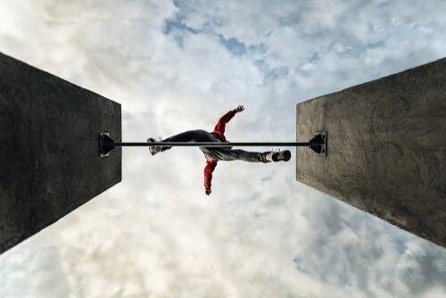 Nastolatki i ryzykowne zachowania: dlaczego zdarza się to tak często?