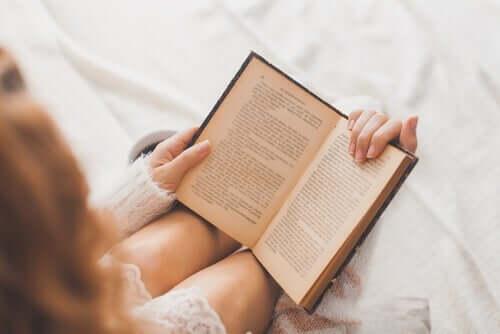 Czy czytanie poprawia inteligencję emocjonalną?