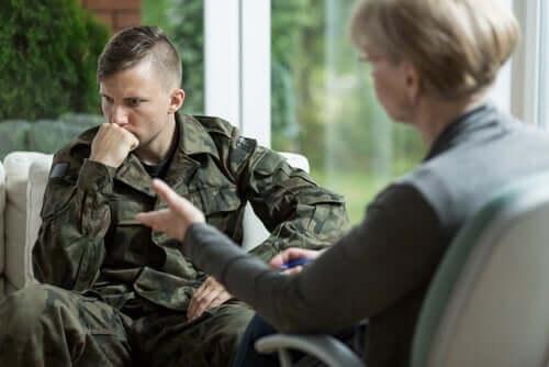 Żołnierz u psychologa