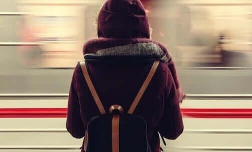 Kobieta w metrze
