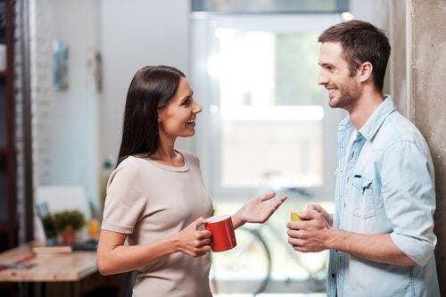 Twarzą w twarz - znaczenie odległości w komunikacji werbalnej