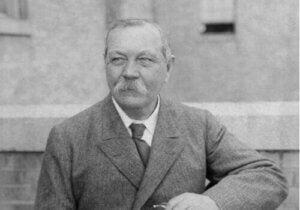 Arthur Conan Doyle: pięć świetnych cytatów