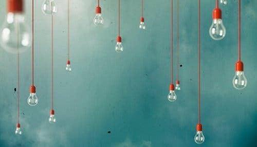 Lampy na kablu