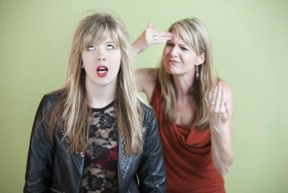 Zbuntowana nastolatka i wymagający rodzice
