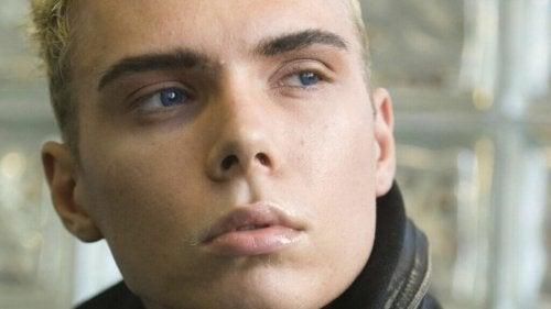 Blond mężczyzna