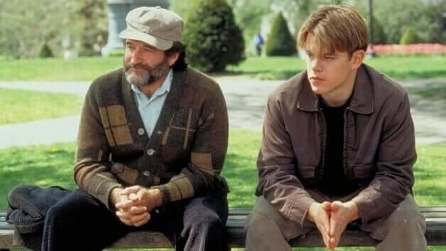 Dwóch mężczyzn w parku