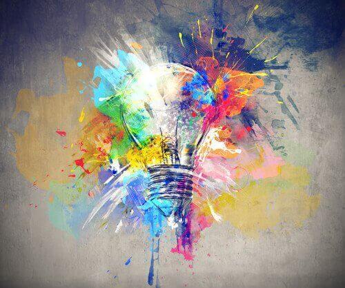 Kolorowa żarówka - zwiększenie kreatywności
