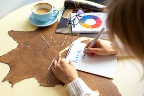 Lettering, czyli kreatywne liternictwo