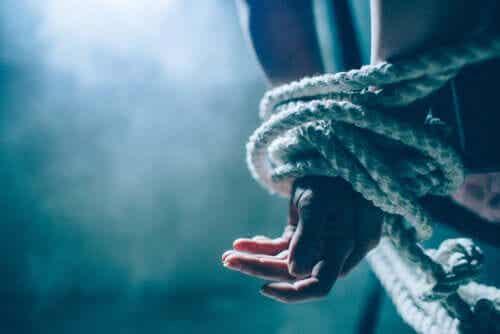 Wykorzystanie psychologii przeciwko terroryzmowi: sprawa Guantanamo
