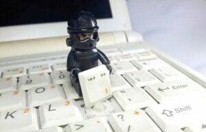 Psychologia phishingu: niebezpieczne e-maile