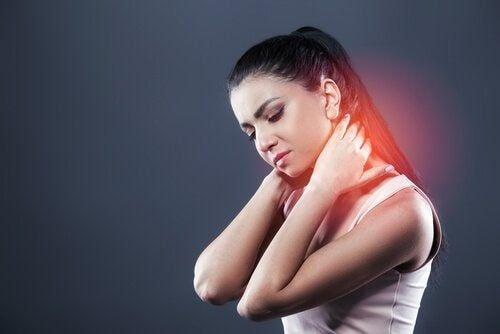 Uraz biczowy: typowe objawy i leczenie