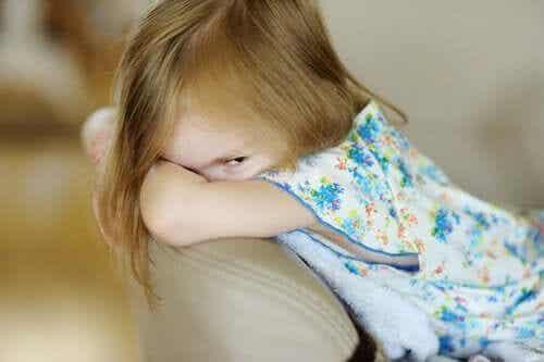 Psychopatia u dzieci: objawy, przyczyny i leczenie