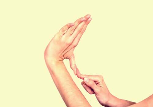 Wygięte palce