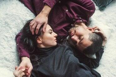 Jak rozpoznać zbyt wymagający związek? Kilka cennych porad