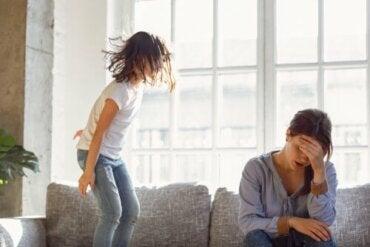 Pobłażliwy rodzic - plusy i minusy takiej postawy