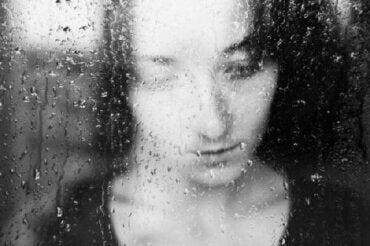 Czy pochmurne dni sprawiają, że stajesz się smutny?