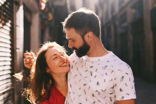 Ustawienie partnera na piedestale uniemożliwia prawdziwe poznanie