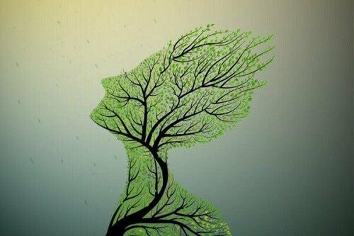 Drzewo w kształcie człowieka - uciszona trauma dziedziczona