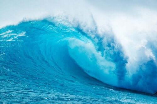 Fale uderzające o brzeg: znaczenie metafory w terapii