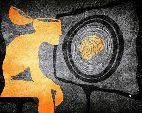 Mężczyzna z mózgiem wypranym przez telewizję - strategie manipulacji poprzez media