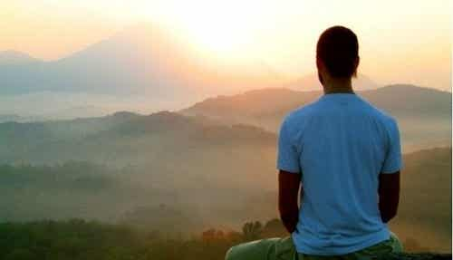Wyjazd medytacyjny: czy warto wziąć w nim udział?