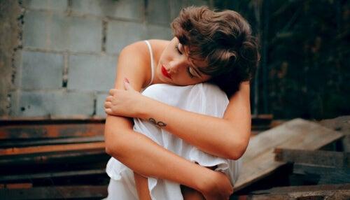 Jak trudne dzieciństwo wpływa na relacje dorosłych?