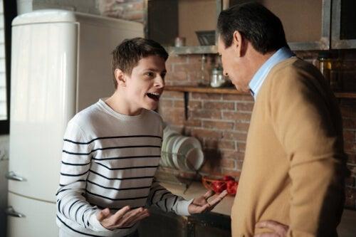 Konfliktowy nastolatek: jak sobie z nim radzić?
