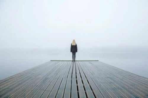 Strach przed ciszą – dlaczego się jej boimy?