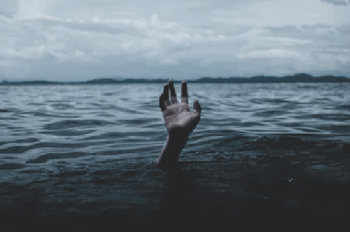 Dłoń tonącego