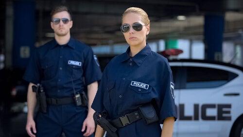 Najczęstsze fantazje seksualne - seks z policjantem