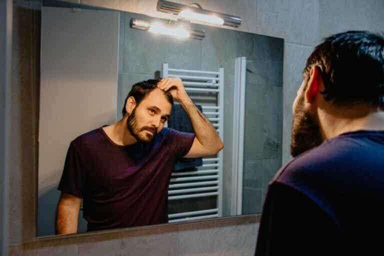 Falakrofobia - strach przed łysieniem: objawy i leczenie