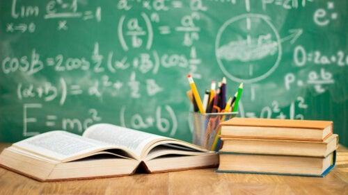 Sprzeczności edukacji - poznaj trzy wielkie antynomie