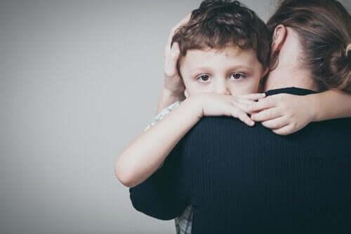 Zaburzenia lękowe w dzieciństwie: objawy i leczenie