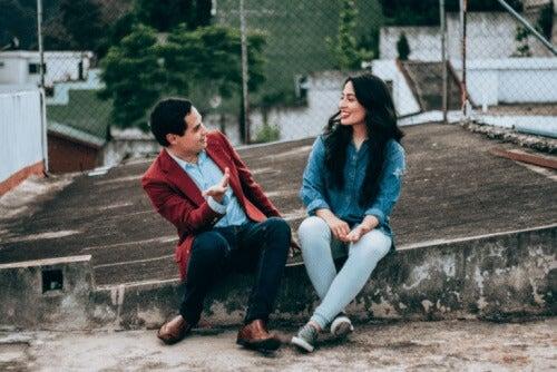 Rozmowa z nieznajomym może być łatwiejsza
