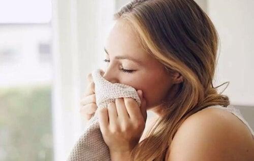 Zapach naszego partnera działa odprężająco na mózg