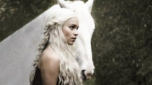 Daenerys Targaryen: przywódczyni w świecie mężczyzn