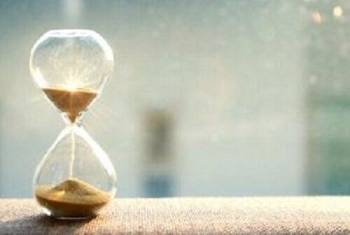 Jak zarządzać czasem i być bardziej wydajnym?