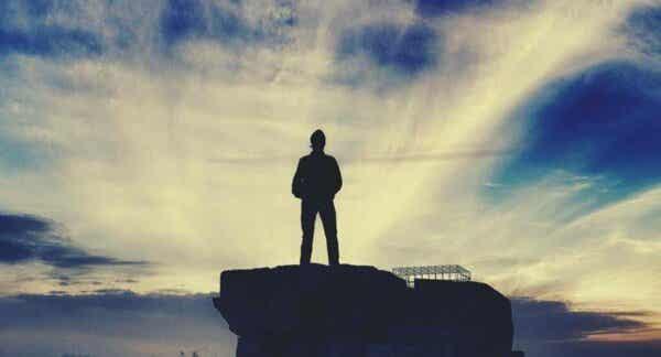 Mężczyzna na skale