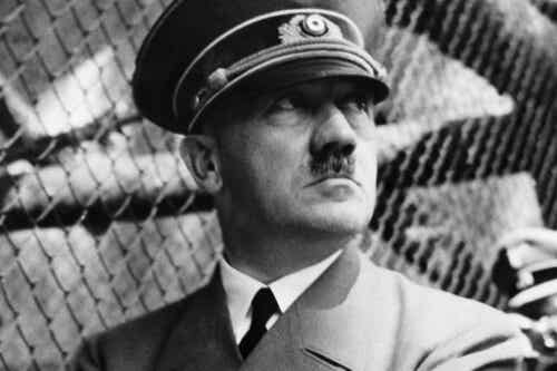 Profil psychologiczny Hitlera: 7 istotnych cech jego osobowości