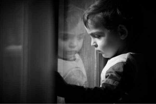 Trauma z dzieciństwa jest widoczna na skanach mózgu