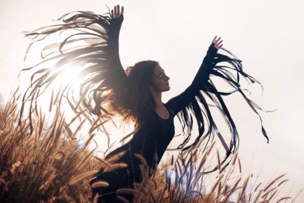 Archetyp dzikiej kobiety: jak może Ci pomóc